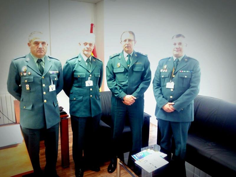 Uni n oficiales la uni n de oficiales se re ne con el for Oficina trafico sabadell